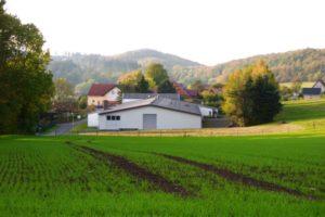 Gewerbehalle mit günstiger Verkehrsanbindung in Hessisch Lichtenau